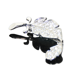 Factory Promotion Custom Unique Rhinestone Leaf Shaped Lapel Pins Badge Fancy Exquisit Ladies Gift Nickel Rhinestone Pin