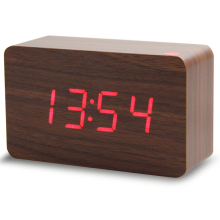 Zogift 2018 hot sale wake up light western led digital clock USB power/Battery electronic desktop LED wooden alarm clock