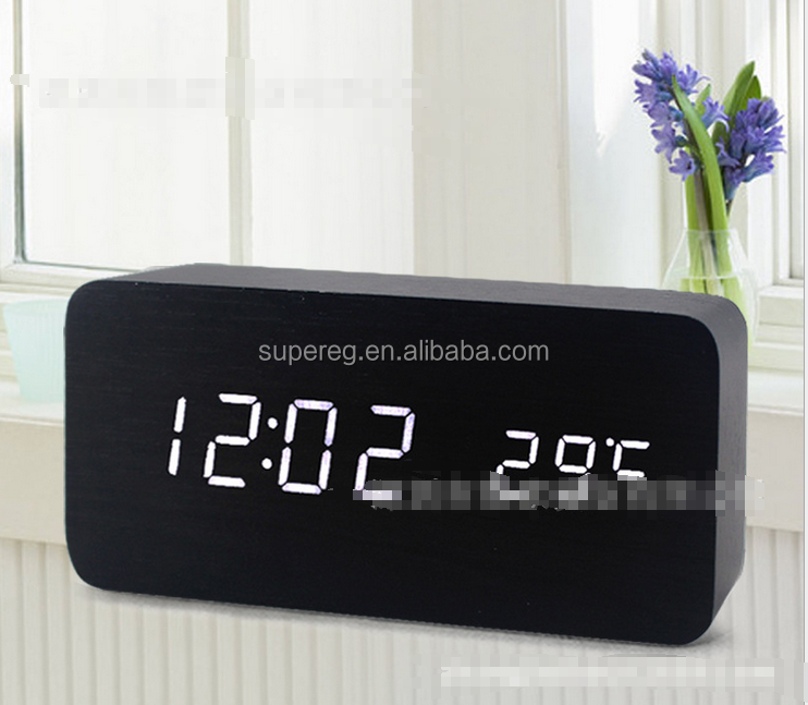 Cheap LED Wood Alarm Clock/wood led digital Projector alarm clock with factory price