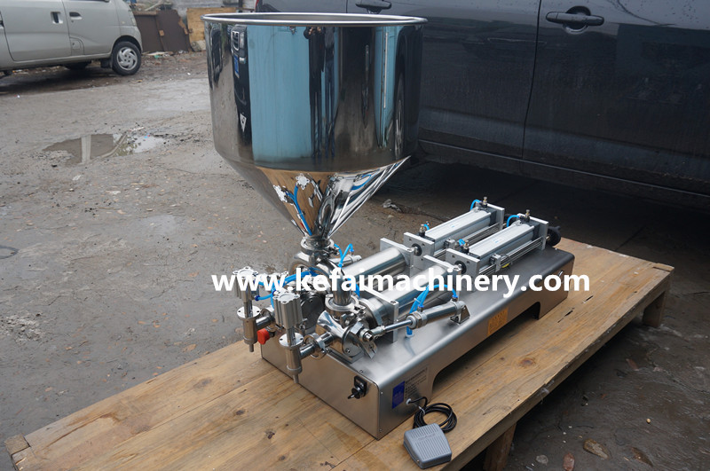 cosmetic filling machine
