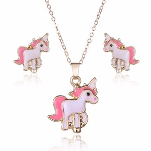 Fashion Women Jewelry Sets Unicorn Pendant Necklace Horse Mini Stud Earrings For Women Cute New Year Gift Jewelry Set