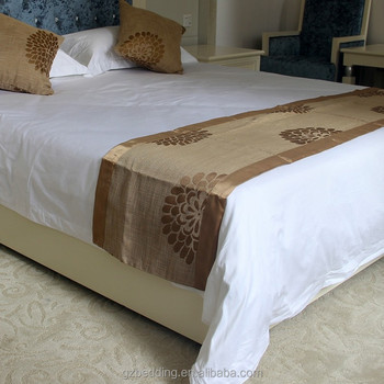 hotel king size bed runner with different pattern and colors decorative bed runner for hotel. Black Bedroom Furniture Sets. Home Design Ideas