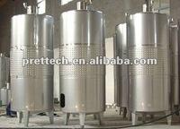 Stainless steel wine fermenter