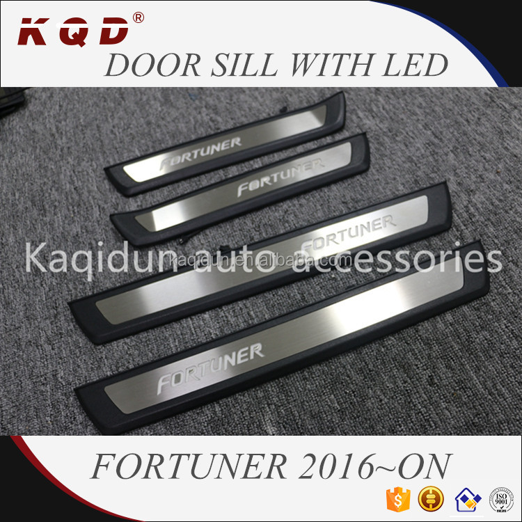 Top selling Brand new ABS Plastic door sill with LED for fortuner 2016~on fortuner body kits