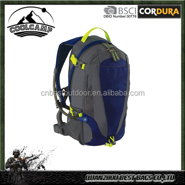 2L Outdoor Products Mist Hydration Pack