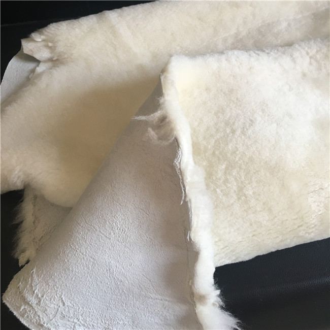 Fluffy wool lamb shearling leather fur pelt