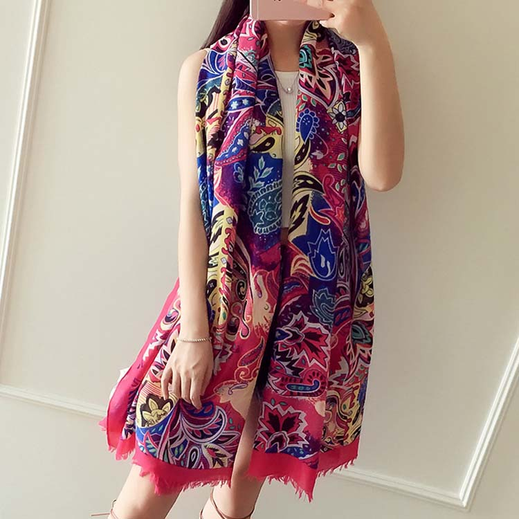 Soft cotton material newest designs printed 180*105CM 2017 fashion young girl scarf