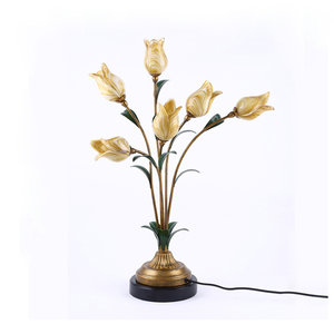 Decorative modern bedside desk lamp reading lamps flower shaped fancy glass table lamp for hotel