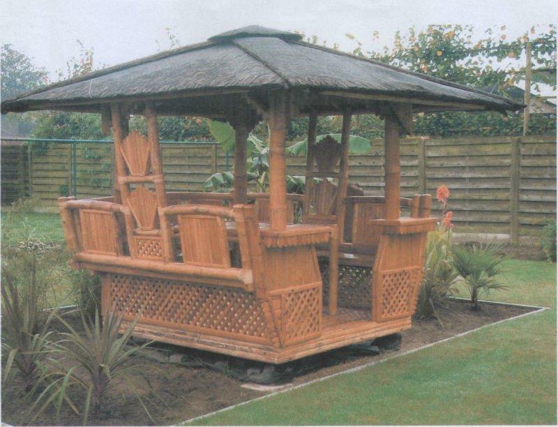 Emejing Kiosque De Jardin Bambou Contemporary - House Design ...