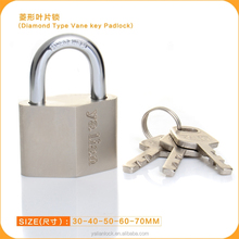 Yalian Best Price Diamond Type Iron Padlock With Vane Key