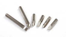 A variety of screwdriver head / screwdriver bit set / grant bar / batch processing can be customized to OEM