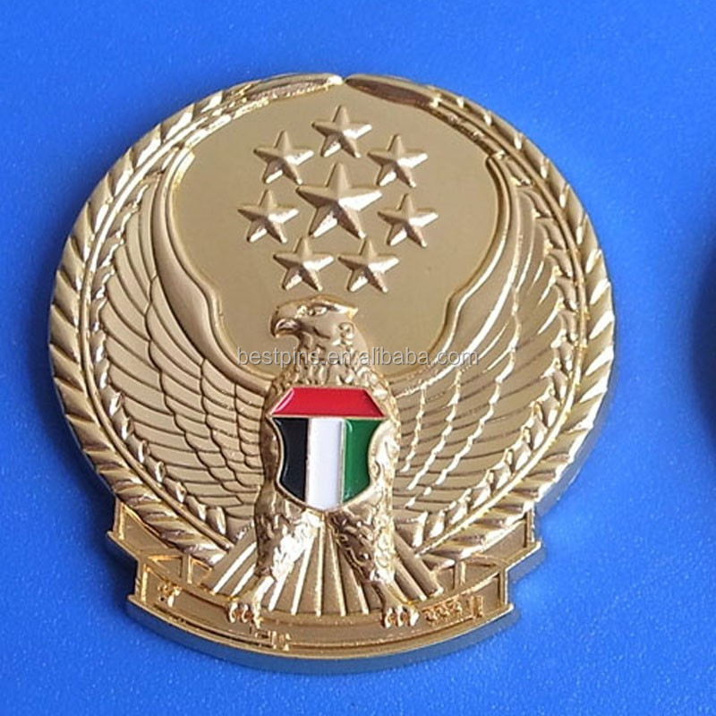 Round shaped embossed eagle/falcon/hawk country flags Dubai lapel pin badges for UAE national day