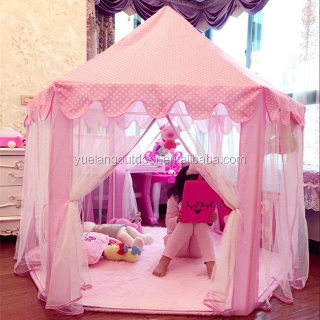 2017 Sell hot design Princess Castle Girls Dream Play House Children Tents With Lights