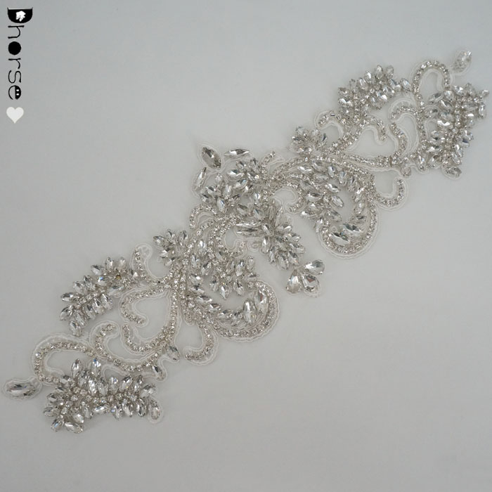 New vintage design custom sew on rhinestone lace applique for wedding sash