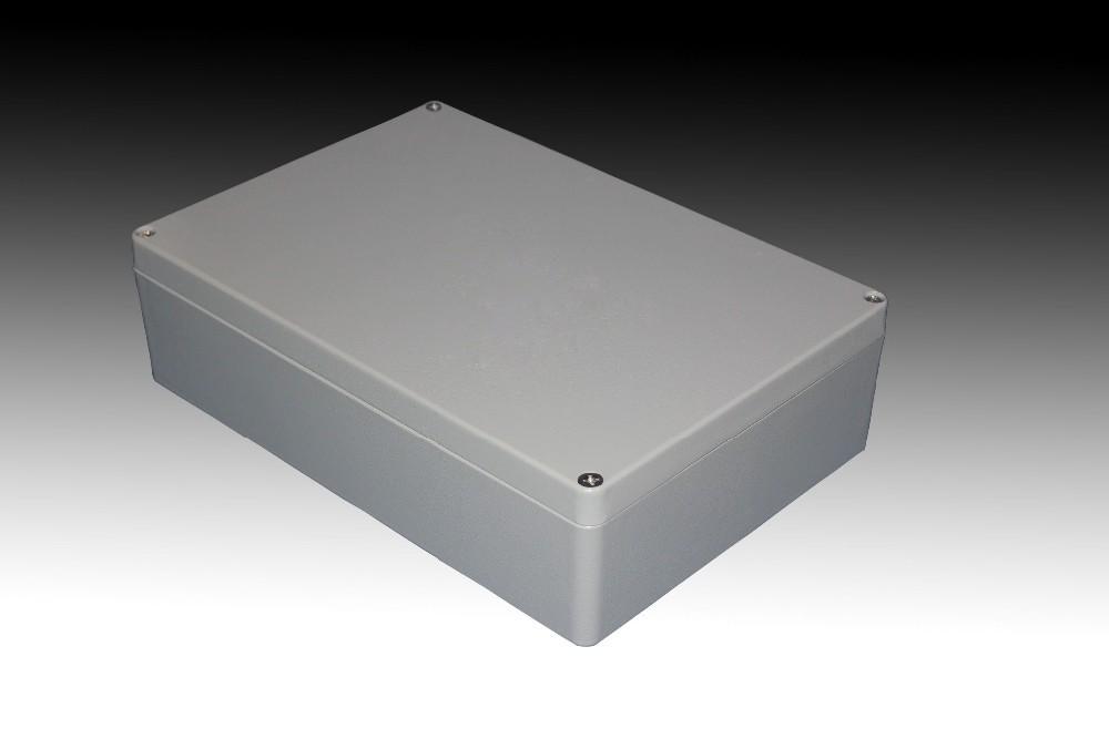 Extruded Aluminum: Extruded Aluminum Electronics Enclosure