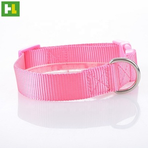 China wholesale supplies high quality nylon small pet wear neck collars custom colours