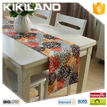 Latest Design Digital Printing Table Runner With Flower Pattern