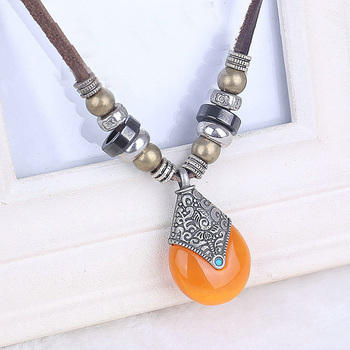 2017 tibetan silver plated women boho imitation beeswax necklace with real cow leather cord