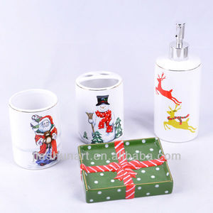 new design 4pcs christmas handpainting decal ceramic bathroom accessories set