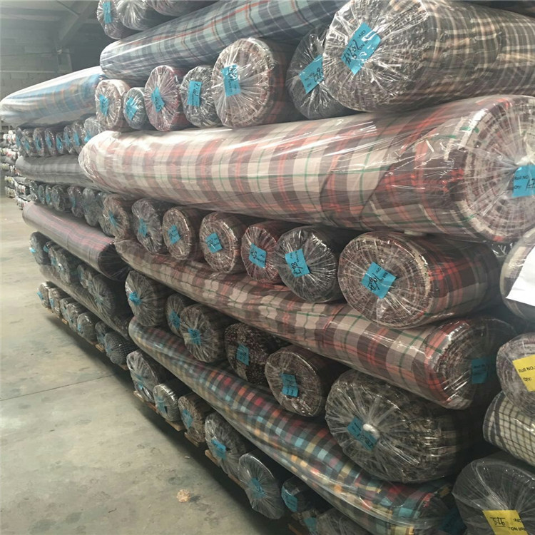 Best seller 100 percent cotton yarn dyed checked fabric stocklot textile
