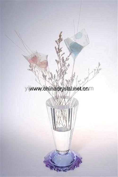 China Small Crystal Flower Vase China Small Crystal Flower Vase