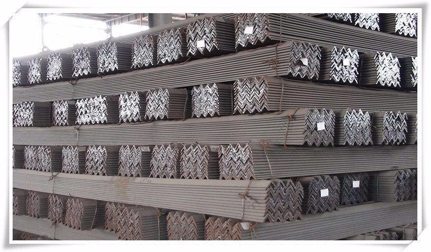 Low carbon steel hot rolled equal winkel bars 50X50