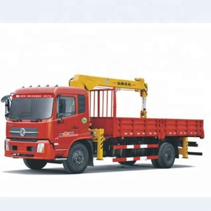 Dongfeng 4x2 4-6 Ton Small Truck Crane /Tipper Trucks With Crane