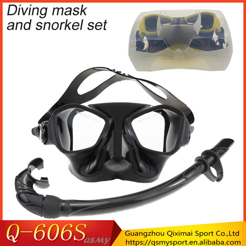 Extreme low volume spearfishing and dive tempered mask silicone roll <strong>up</strong> scuba snorkel mask <strong>set</strong> with plastic <strong>box</strong>