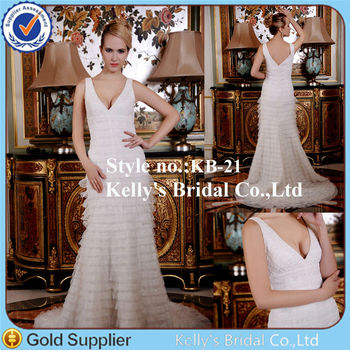 Deep V Neckline Layer Skirt With Small Train 2013 Famous Designer