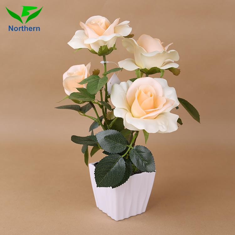 Wholesale China Supplier Cheap silk rose petals new artificial white rose