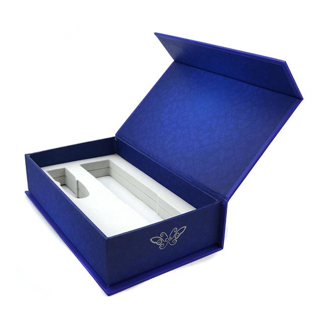 China-rectangular-magnetic-closure-hard-cardboard-box.jpg_640x640xz.jpg