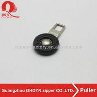 black color round shape plastic zipper pulls for sale
