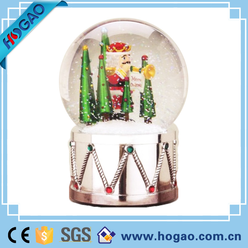 Brand New Silver Colour Resin Soldier Glass Snow Globe Christmas Decoration