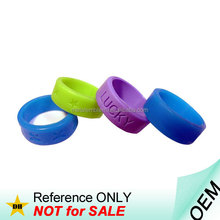 Promotional customized cheap sport plastic silicone wedding ring