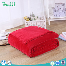 Factory Sell Polyester Functional Roll Up Super Soft Mink Emergency Fleece Blanket