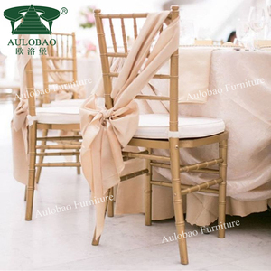 Factory wholesale high quality hotel chivari chairs wedding