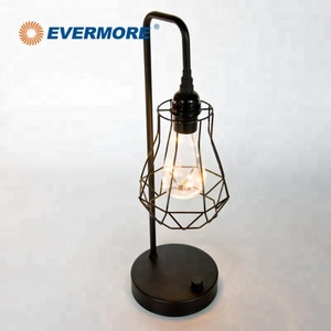 EVERMORE Home Decoration Simple Modern Style LED Cool Design Table Lamp