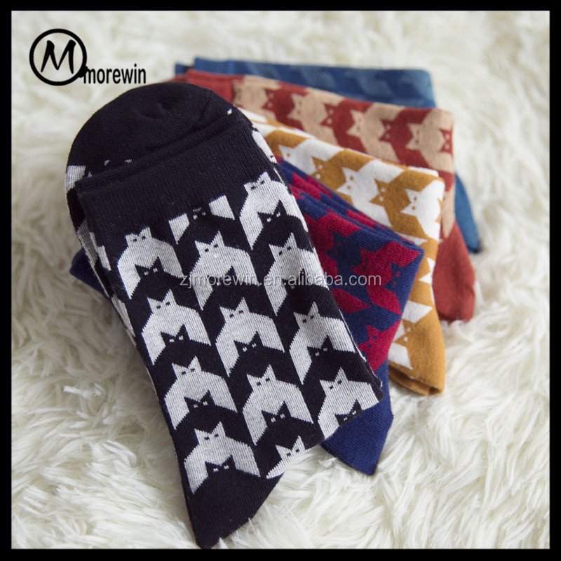 Free shipping Morewin New Arrival fashion pattern men Casual Crew socks Colorful Men's Dress Socks