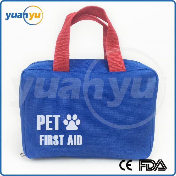 2016 wholesale 20 pieces dog first aid bag with medical adhesive bandage pet first aid kit for dog cat and other animals.