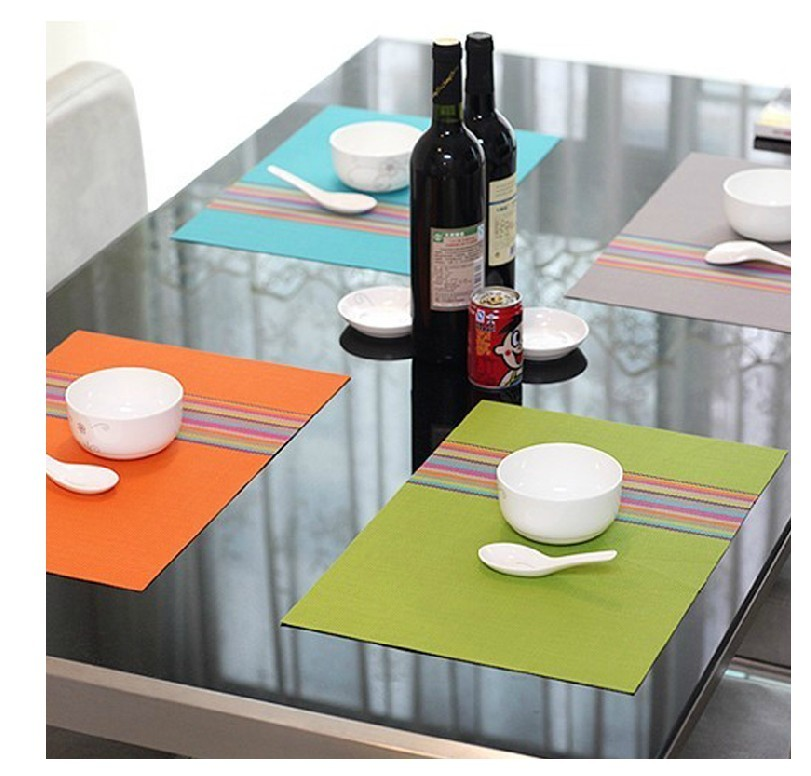 hot sale pp plastic placemat with customized logo pattern hot sale safe table mats