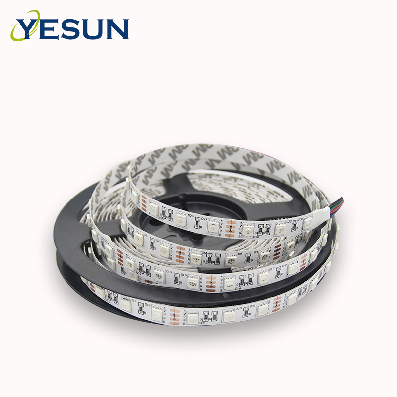 CE RoHS approved high brightness white color 12V DC 60 <strong>leds</strong>/M indoor non waterproof smd 5050 flexible <strong>led</strong> light strip