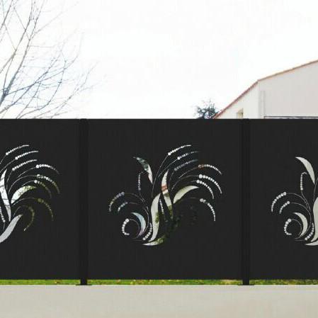 Buitenmuur decoratie metalen hek hekwerk trellis en for Buitenmuur decoratie