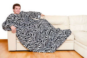 China factory Coral fleece custom designed snuggie for man
