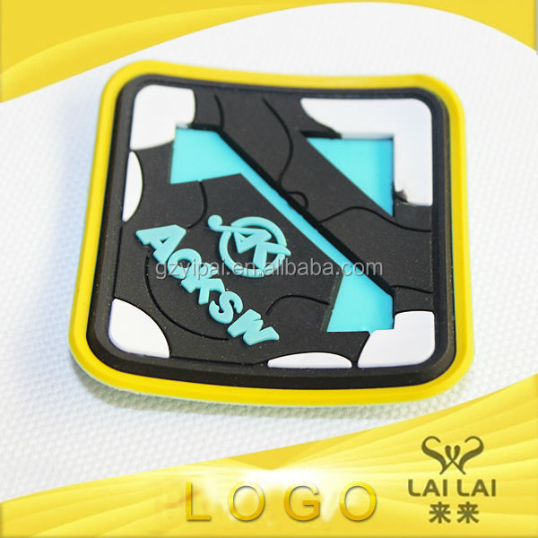 Popular soft rubber name brand tags and patches for bike accessory bags