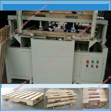 Good Quality Compressed Wood Pallet Making Machine