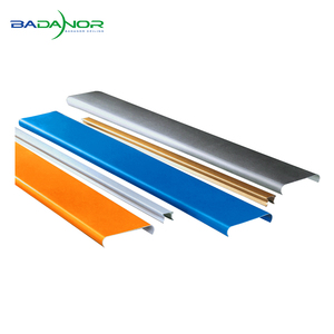 Multi color artistic strip panels aluminum ceiling for subway decoration