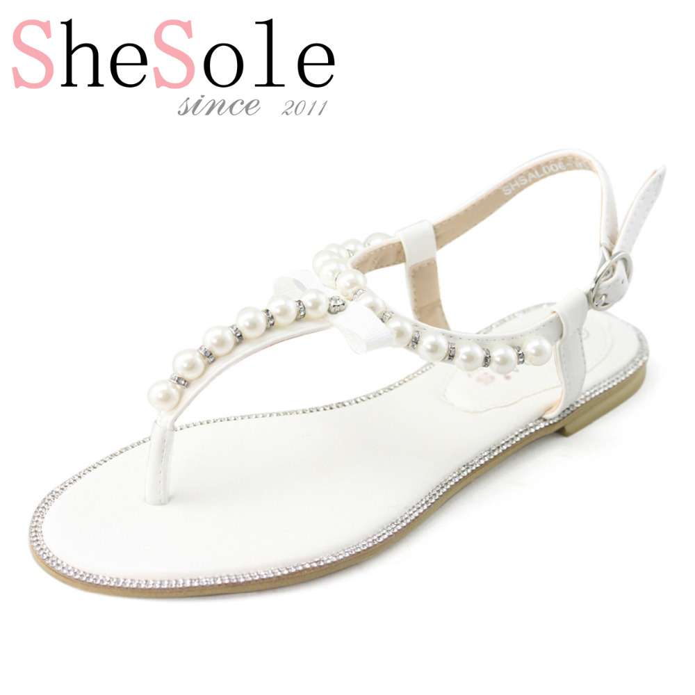 forexnetwork.tk offers flat pearls wedding shoes products. About 2% of these are women's dress shoes. A wide variety of flat pearls wedding shoes options are available to you, such as bridal shoes, ballet flats, and pumps.