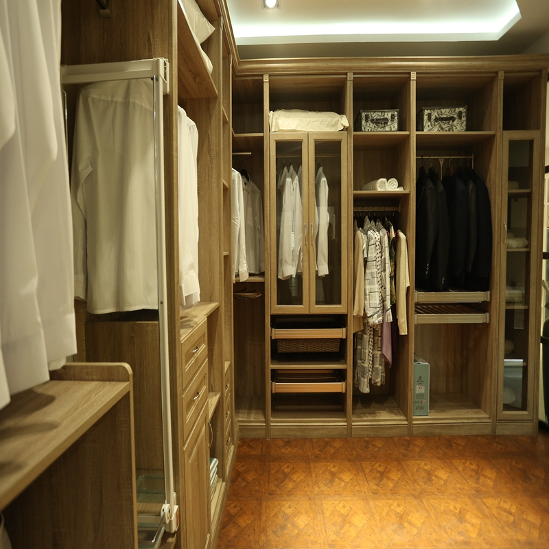 cabina armadio nel quotes: best images about wardrobes and closets ... - Disegni Armadio Di Legno