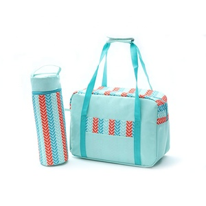 Customised insulated foldable soft water bottle holder Cooler lunch food delivery Bag set with Bottle Bag
