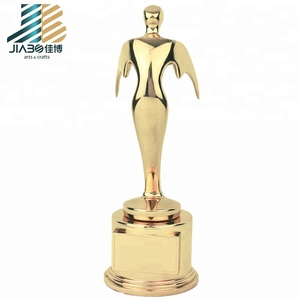 sell heart shaped trophies, martial arts trophies and souvenir trophy cup